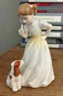 Royal Doulton 'Sit' Figurine